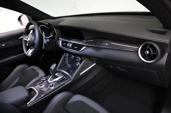 New 2021 Alfa Romeo Stelvio Quadrifoglio for sale $90,450 at Bentley Greenwich in Greenwich CT 06830 21