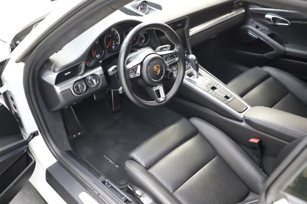 Used 2018 Porsche 911 Turbo for sale $159,990 at Bentley Greenwich in Greenwich CT 06830 17