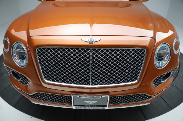 Used 2018 Bentley Bentayga Onyx Edition for sale $149,900 at Bentley Greenwich in Greenwich CT 06830 13