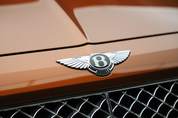 Used 2018 Bentley Bentayga Onyx Edition for sale $149,900 at Bentley Greenwich in Greenwich CT 06830 14