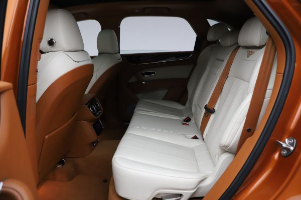 Used 2018 Bentley Bentayga Onyx Edition for sale $149,900 at Bentley Greenwich in Greenwich CT 06830 22