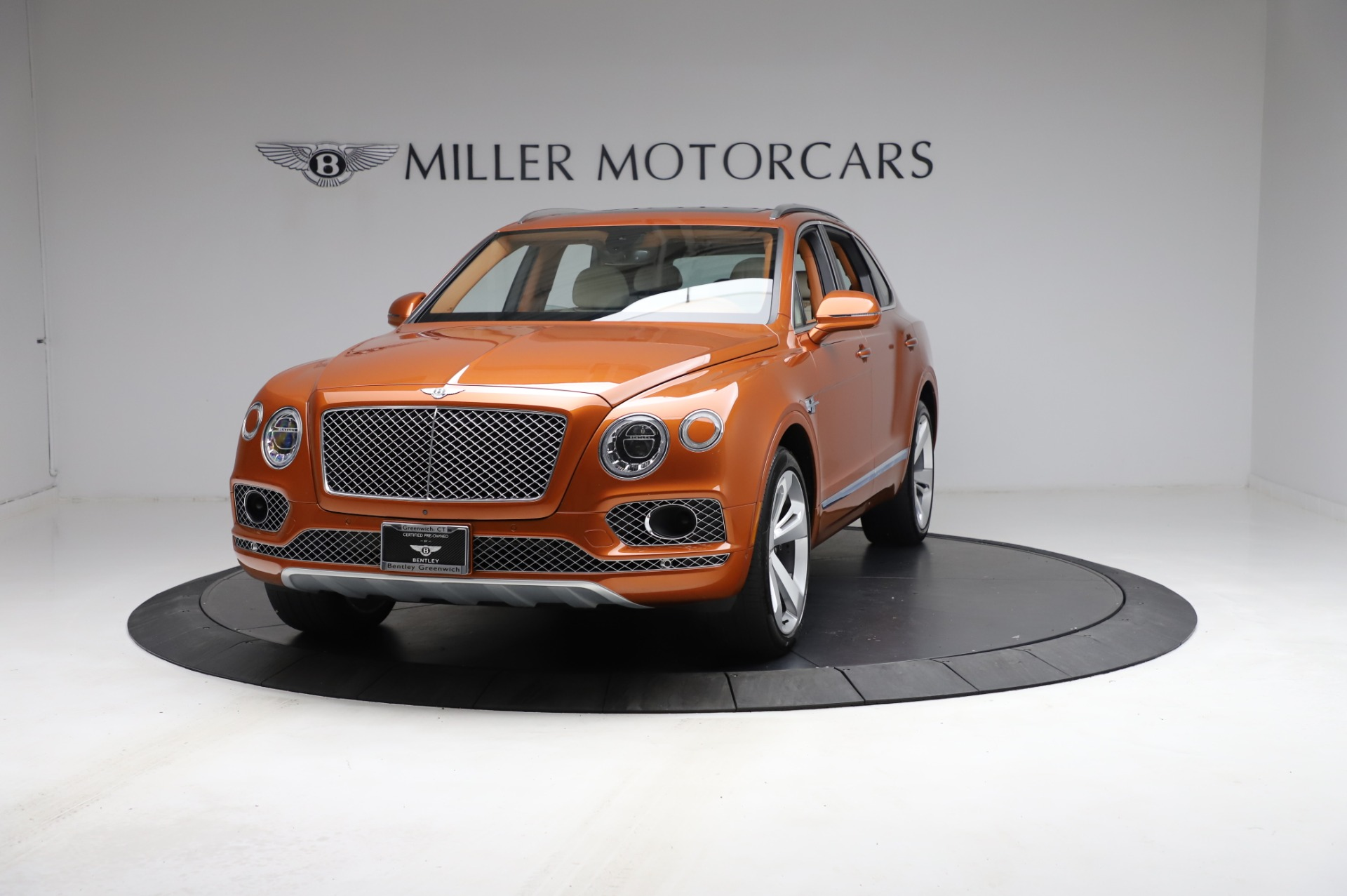 Used 2018 Bentley Bentayga Onyx Edition for sale $149,900 at Bentley Greenwich in Greenwich CT 06830 1