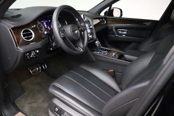 Used 2018 Bentley Bentayga Onyx Edition for sale $146,900 at Bentley Greenwich in Greenwich CT 06830 17