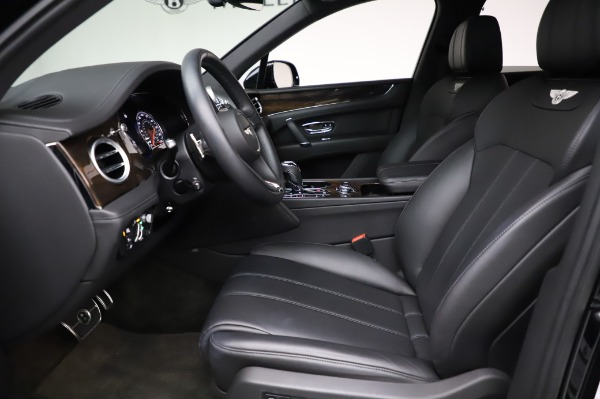Used 2018 Bentley Bentayga Onyx Edition for sale $146,900 at Bentley Greenwich in Greenwich CT 06830 18