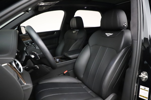 Used 2018 Bentley Bentayga Onyx Edition for sale $146,900 at Bentley Greenwich in Greenwich CT 06830 19