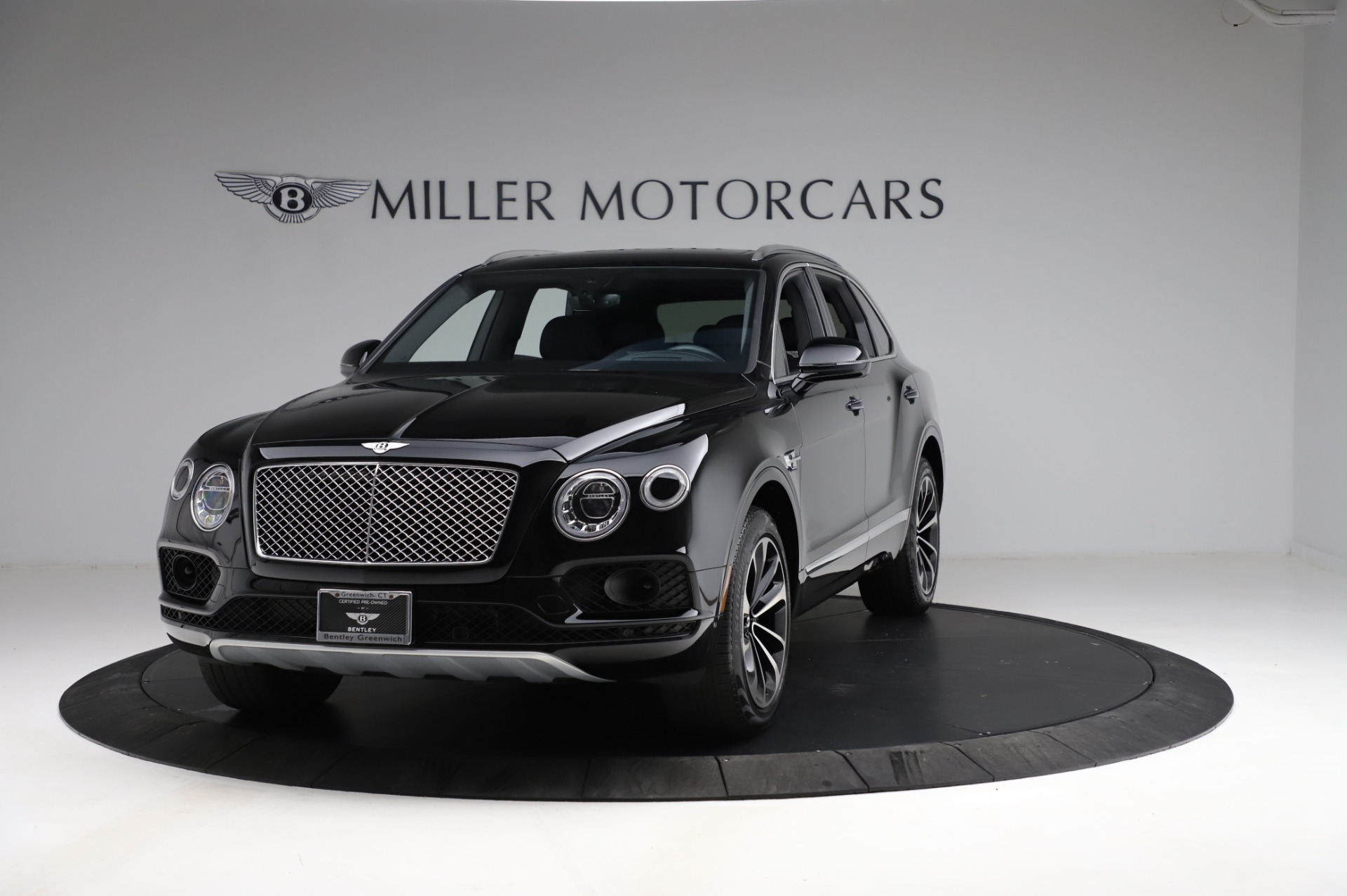 Used 2018 Bentley Bentayga Onyx Edition for sale $146,900 at Bentley Greenwich in Greenwich CT 06830 1
