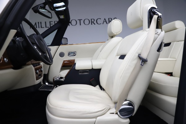 Used 2009 Rolls-Royce Phantom Drophead Coupe for sale $219,900 at Bentley Greenwich in Greenwich CT 06830 21