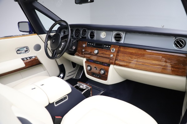 Used 2009 Rolls-Royce Phantom Drophead Coupe for sale $219,900 at Bentley Greenwich in Greenwich CT 06830 24