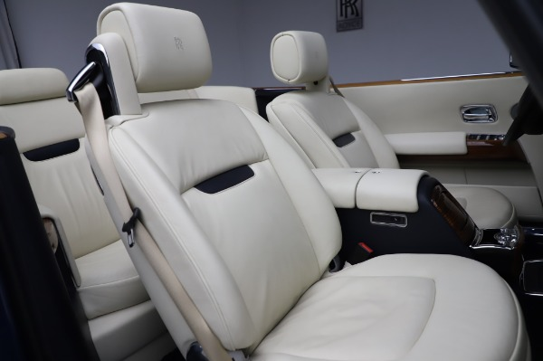 Used 2009 Rolls-Royce Phantom Drophead Coupe for sale $219,900 at Bentley Greenwich in Greenwich CT 06830 26