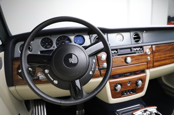 Used 2009 Rolls-Royce Phantom Drophead Coupe for sale $219,900 at Bentley Greenwich in Greenwich CT 06830 27
