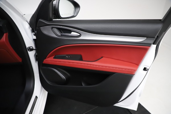 New 2021 Alfa Romeo Stelvio Ti Sport Q4 for sale $56,240 at Bentley Greenwich in Greenwich CT 06830 24