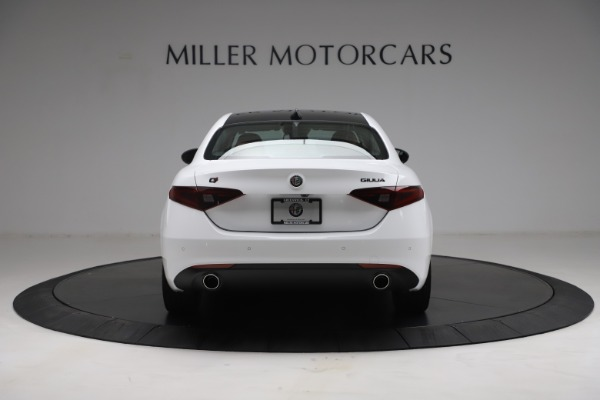 New 2021 Alfa Romeo Giulia Q4 for sale Call for price at Bentley Greenwich in Greenwich CT 06830 6