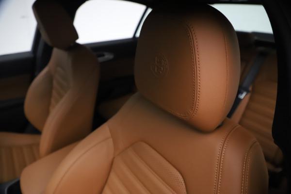 New 2021 Alfa Romeo Giulia Ti Sport Q4 for sale $54,050 at Bentley Greenwich in Greenwich CT 06830 15