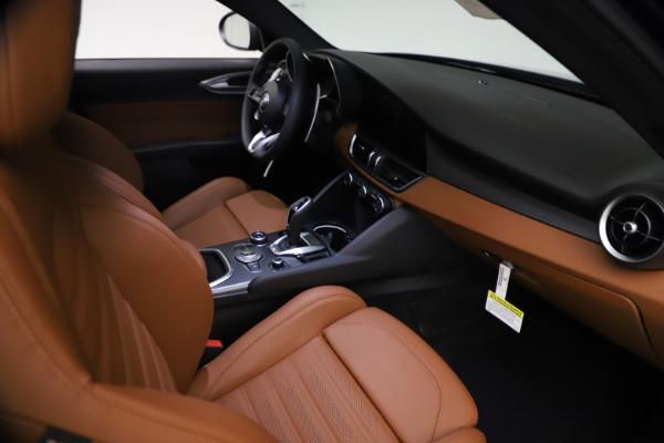New 2021 Alfa Romeo Giulia Ti Sport Q4 for sale $54,050 at Bentley Greenwich in Greenwich CT 06830 22