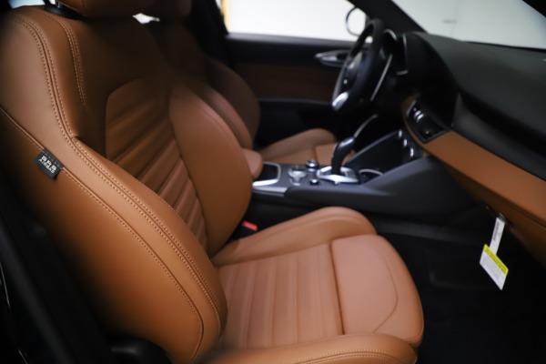 New 2021 Alfa Romeo Giulia Ti Sport Q4 for sale $54,050 at Bentley Greenwich in Greenwich CT 06830 23