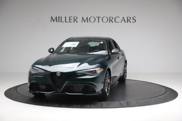 New 2021 Alfa Romeo Giulia Ti Sport Q4 for sale $54,050 at Bentley Greenwich in Greenwich CT 06830 1