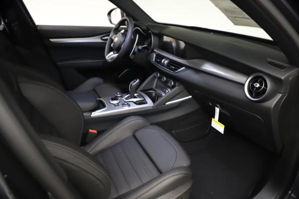 New 2021 Alfa Romeo Stelvio Ti Sport Q4 for sale Sold at Bentley Greenwich in Greenwich CT 06830 21