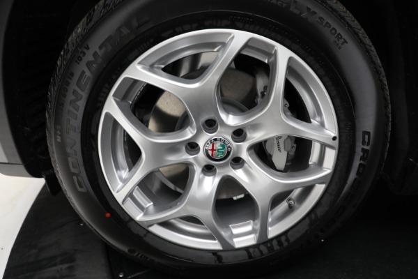 New 2021 Alfa Romeo Stelvio Q4 for sale $50,445 at Bentley Greenwich in Greenwich CT 06830 23