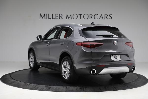 New 2021 Alfa Romeo Stelvio Q4 for sale $50,445 at Bentley Greenwich in Greenwich CT 06830 5