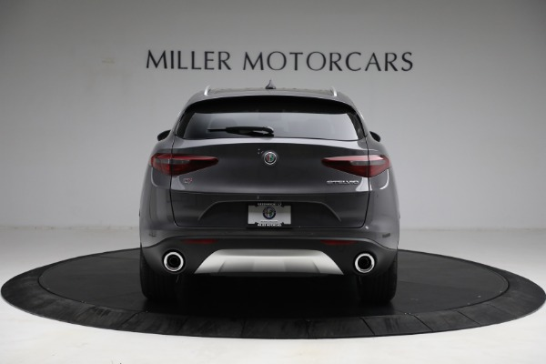 New 2021 Alfa Romeo Stelvio Q4 for sale $50,445 at Bentley Greenwich in Greenwich CT 06830 6