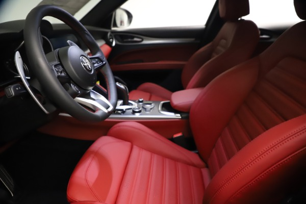 New 2021 Alfa Romeo Stelvio Ti Sport Q4 for sale $57,200 at Bentley Greenwich in Greenwich CT 06830 15