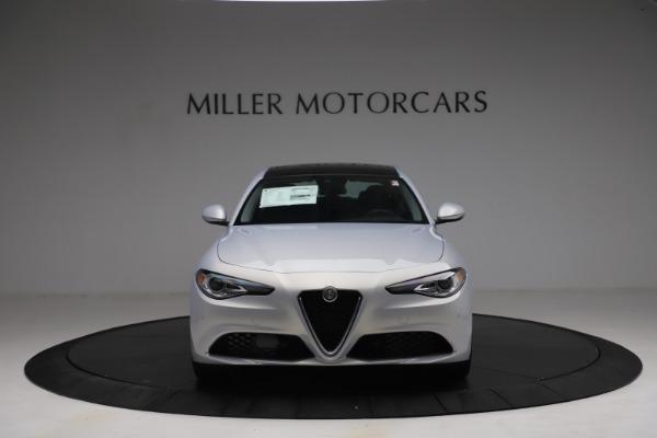 New 2021 Alfa Romeo Giulia Q4 for sale $48,245 at Bentley Greenwich in Greenwich CT 06830 13