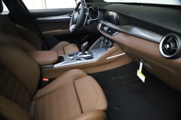 New 2021 Alfa Romeo Stelvio Ti Sport Q4 for sale $55,700 at Bentley Greenwich in Greenwich CT 06830 20