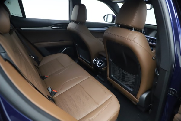 New 2021 Alfa Romeo Stelvio Ti Sport Q4 for sale $55,700 at Bentley Greenwich in Greenwich CT 06830 23