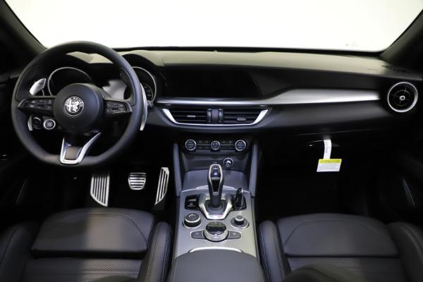New 2021 Alfa Romeo Stelvio Ti Sport Q4 for sale $57,200 at Bentley Greenwich in Greenwich CT 06830 17