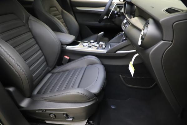 New 2021 Alfa Romeo Stelvio Ti Sport Q4 for sale $57,200 at Bentley Greenwich in Greenwich CT 06830 25