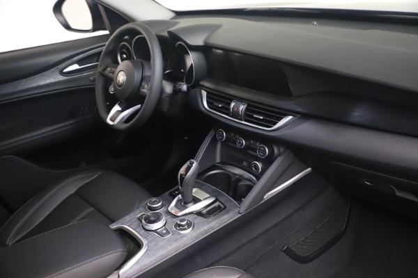 New 2021 Alfa Romeo Stelvio Q4 for sale $49,945 at Bentley Greenwich in Greenwich CT 06830 16