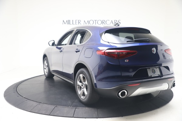 New 2021 Alfa Romeo Stelvio Q4 for sale $49,945 at Bentley Greenwich in Greenwich CT 06830 5