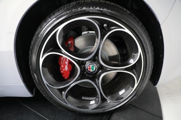 New 2021 Alfa Romeo Giulia Ti Sport Q4 for sale $53,050 at Bentley Greenwich in Greenwich CT 06830 21