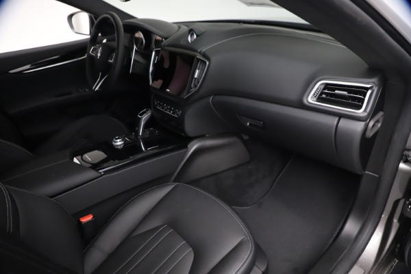 New 2021 Maserati Ghibli S Q4 for sale $90,075 at Bentley Greenwich in Greenwich CT 06830 24