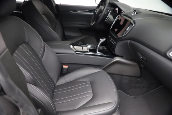New 2021 Maserati Ghibli S Q4 for sale $90,075 at Bentley Greenwich in Greenwich CT 06830 25