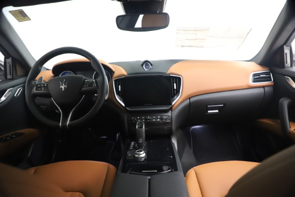 New 2021 Maserati Ghibli S Q4 for sale $90,675 at Bentley Greenwich in Greenwich CT 06830 17