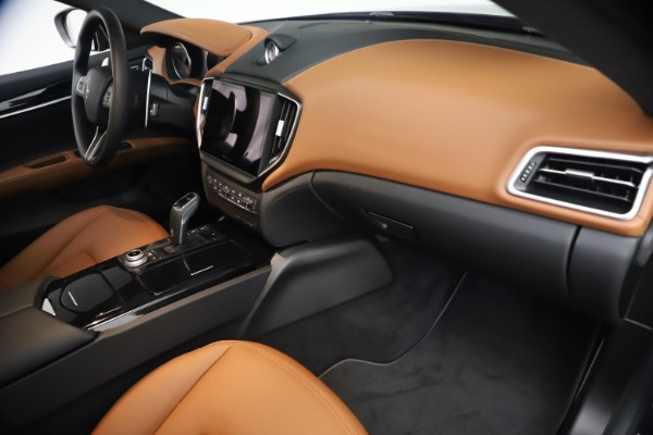 New 2021 Maserati Ghibli S Q4 for sale $90,675 at Bentley Greenwich in Greenwich CT 06830 22