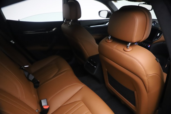 New 2021 Maserati Ghibli S Q4 for sale $90,675 at Bentley Greenwich in Greenwich CT 06830 25
