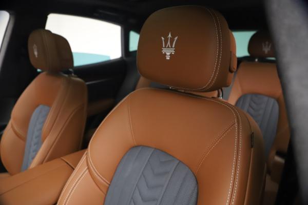 New 2021 Maserati Levante Q4 GranLusso for sale $93,385 at Bentley Greenwich in Greenwich CT 06830 15