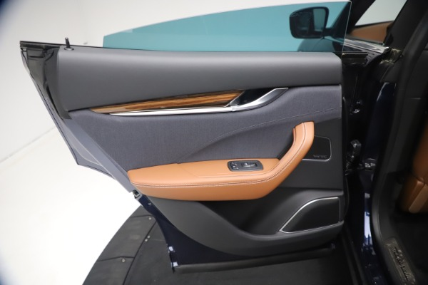 New 2021 Maserati Levante Q4 GranLusso for sale $93,385 at Bentley Greenwich in Greenwich CT 06830 20