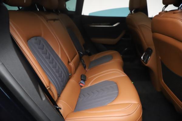 New 2021 Maserati Levante Q4 GranLusso for sale $93,385 at Bentley Greenwich in Greenwich CT 06830 24