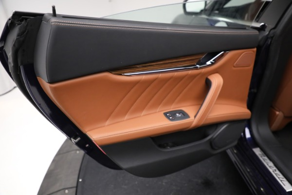 New 2021 Maserati Quattroporte S Q4 GranLusso for sale Call for price at Bentley Greenwich in Greenwich CT 06830 21