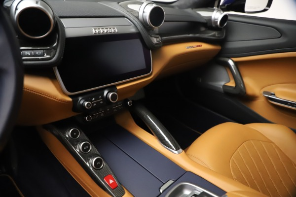 Used 2018 Ferrari GTC4Lusso for sale $289,900 at Bentley Greenwich in Greenwich CT 06830 16
