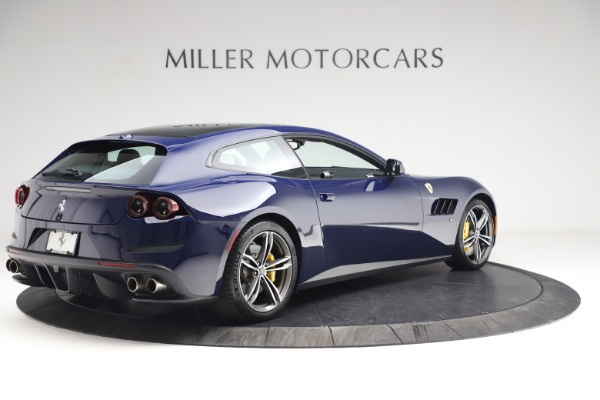 Used 2018 Ferrari GTC4Lusso for sale $289,900 at Bentley Greenwich in Greenwich CT 06830 8
