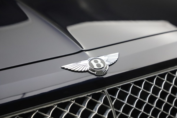 Used 2018 Bentley Bentayga W12 Signature for sale $149,900 at Bentley Greenwich in Greenwich CT 06830 14
