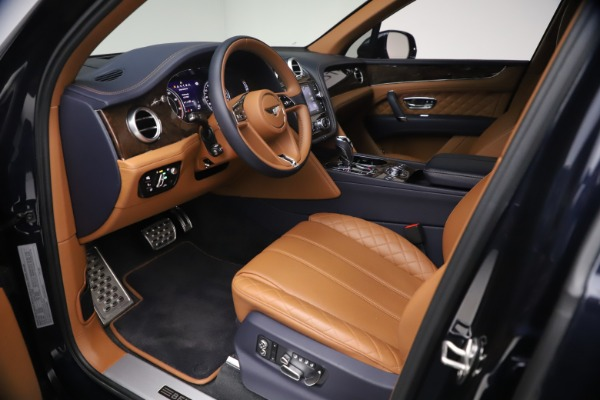 Used 2018 Bentley Bentayga W12 Signature for sale $149,900 at Bentley Greenwich in Greenwich CT 06830 17