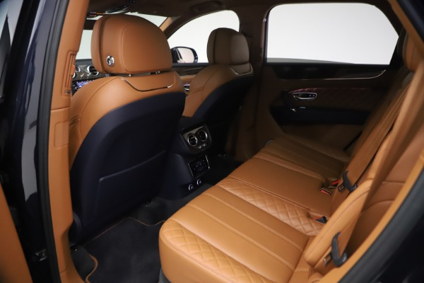 Used 2018 Bentley Bentayga W12 Signature for sale $149,900 at Bentley Greenwich in Greenwich CT 06830 21
