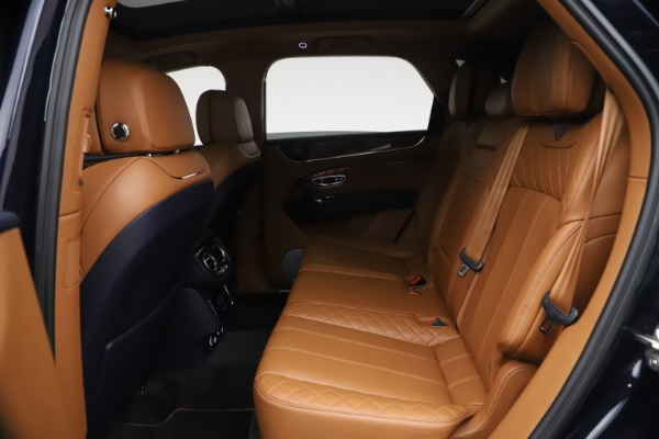 Used 2018 Bentley Bentayga W12 Signature for sale $149,900 at Bentley Greenwich in Greenwich CT 06830 22