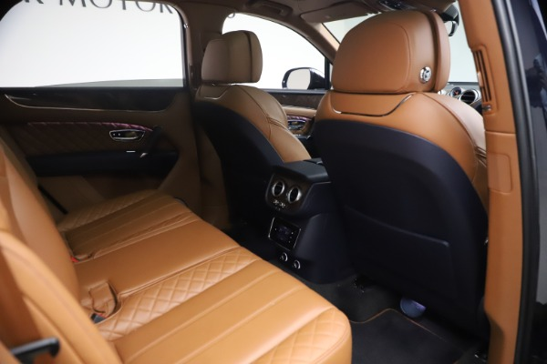 Used 2018 Bentley Bentayga W12 Signature for sale $149,900 at Bentley Greenwich in Greenwich CT 06830 28