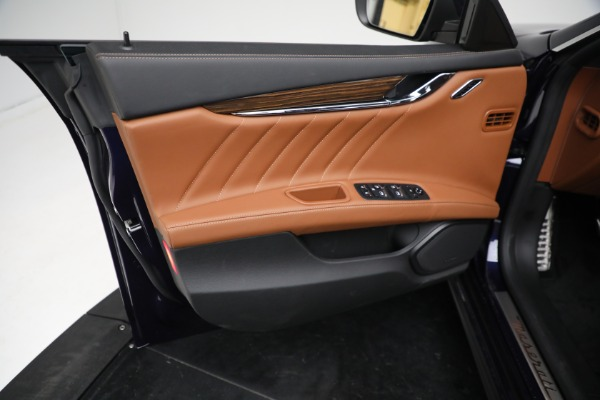 New 2021 Maserati Quattroporte S Q4 for sale Sold at Bentley Greenwich in Greenwich CT 06830 17